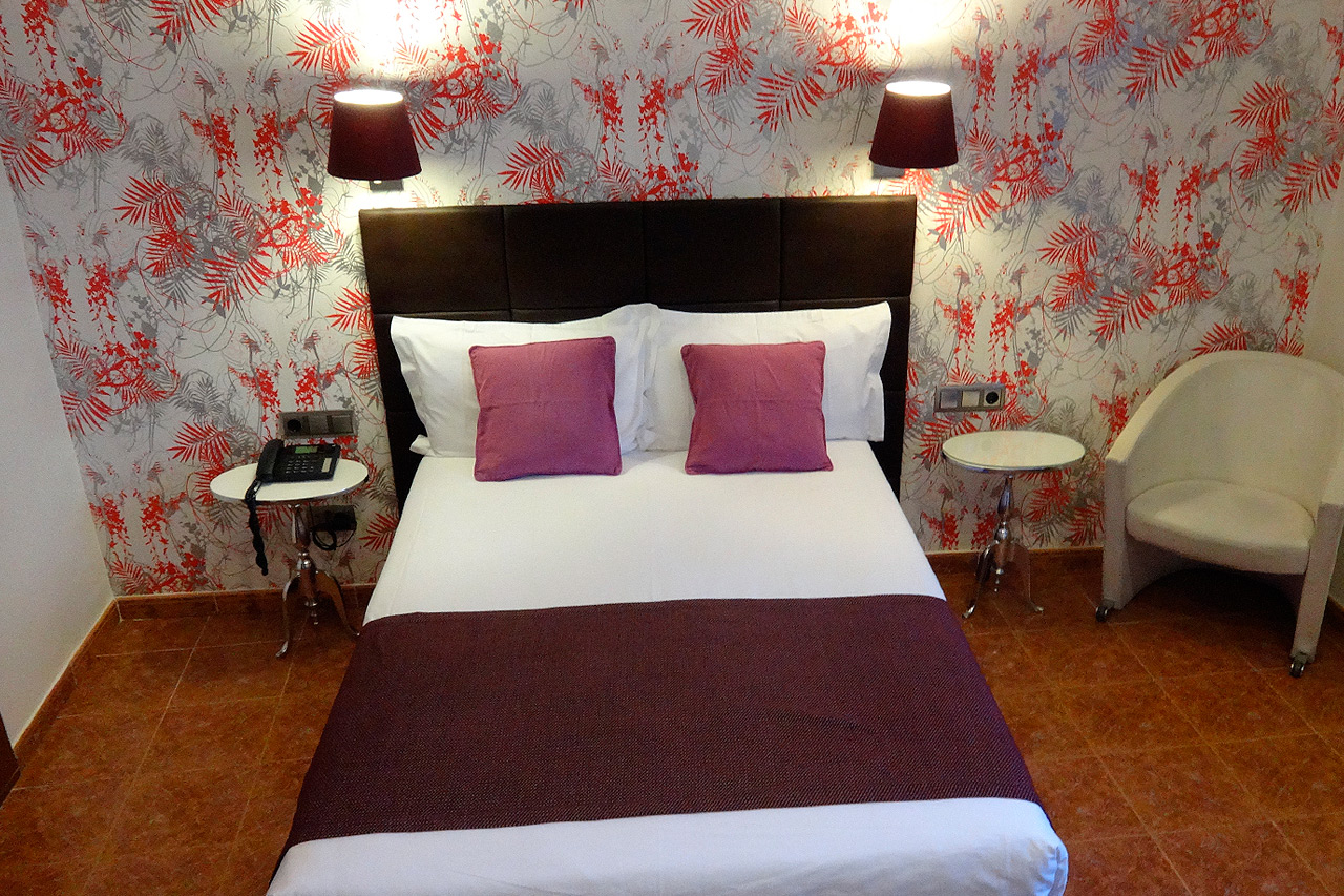 barcelona hotel double bed